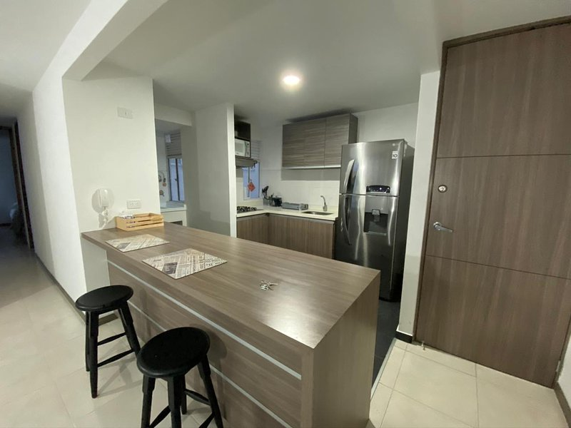 Espectacular apartamento amoblado en San Gabriel - Valle del Lili, Cali, alquiler de vacaciones en Cali