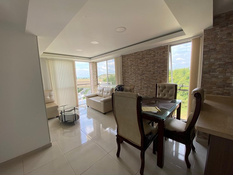 Hermoso y nuevo apartamento amoblado en Turquesa - Valle del Lili, alquiler de vacaciones en Cali