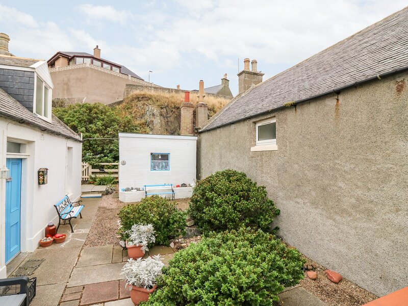 'Why Not' Cottage, Macduff, vacation rental in Macduff