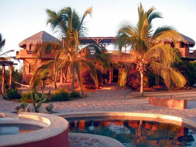Flora Del Mar Beach Retreat, holiday rental in Todos Santos