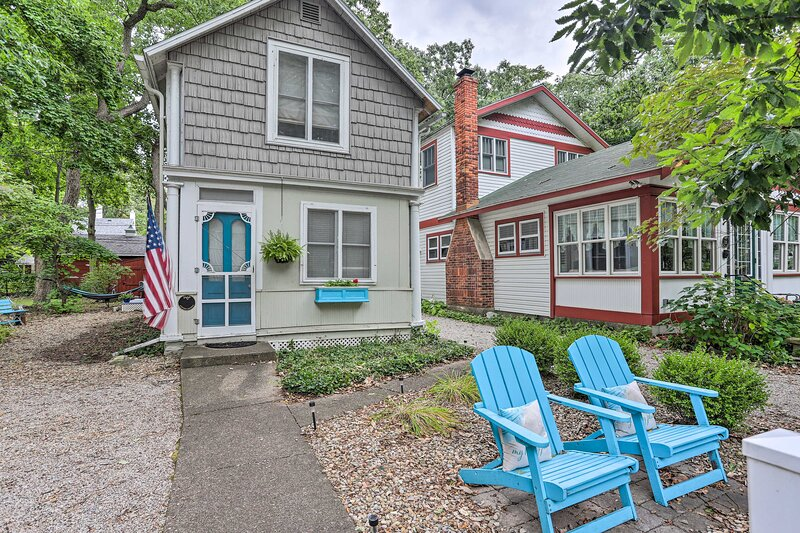 NEW! Marblehead Cottage w/ Fire Pit: Walk to Lake!, alquiler de vacaciones en Marblehead