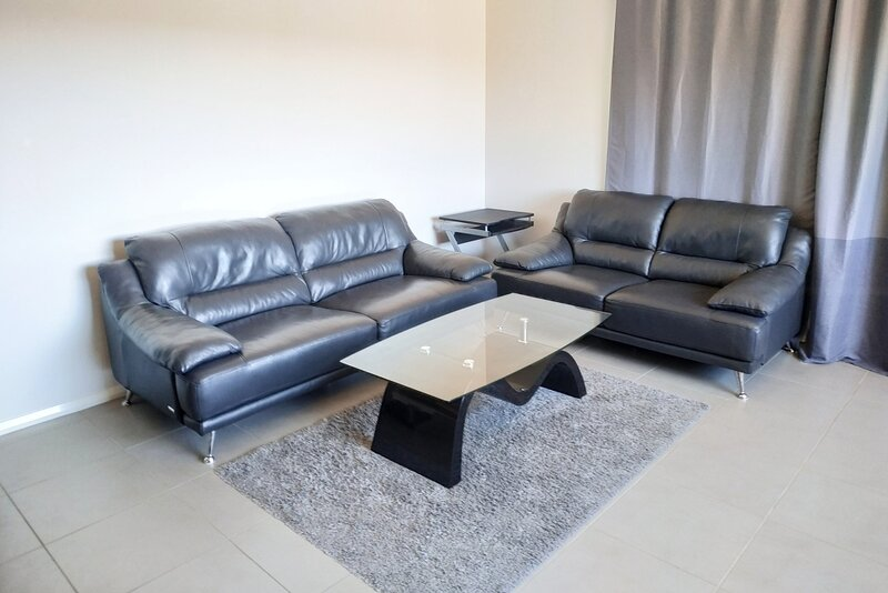 ✧ New Lovely Holiday House - Flexible Check-in, holiday rental in Ingleburn
