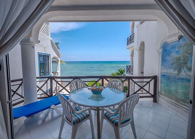 Playa Caribe, Unit # 4, vacation rental in Akumal