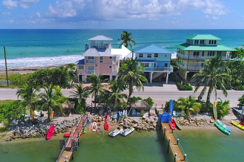 'Heaven Can't Wait!' Oceanfront & Riverfront (Pet-Friendly Beach House in SE FL), holiday rental in Port Salerno