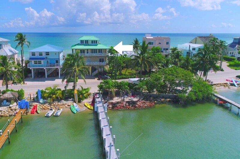 Carpe Diem! Stunning FL Beach House ON Beach +Dock!  << $100 per night / Bedroom, holiday rental in Port Salerno
