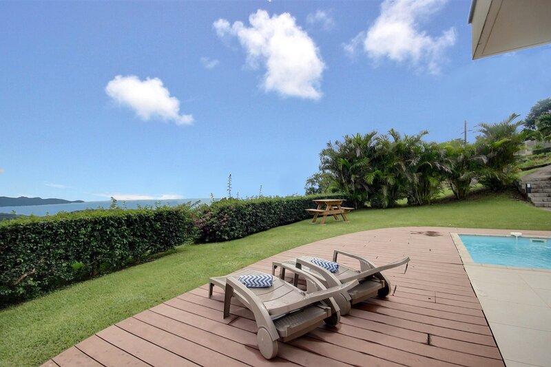 Fleur de vanille : piscine, séjour nature parfait pour un séjour en amoureux, holiday rental in Bellefontaine