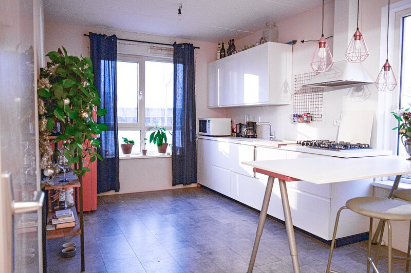 A nice, fully furnished kitchen