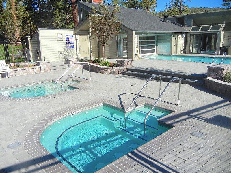 Pool,Water,Building,Hotel,Resort