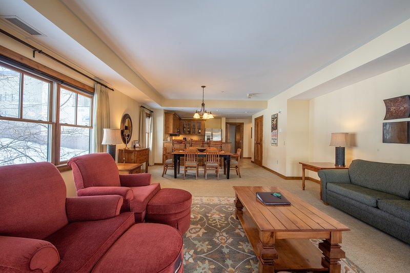 'Flooring','Living Room','Room','Indoors','Furniture'