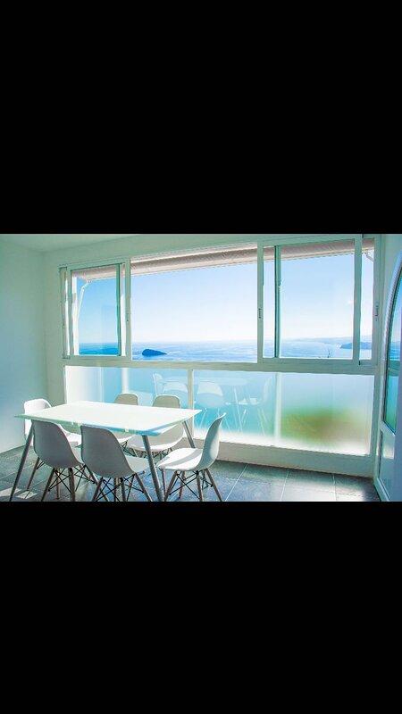 Una Villa que mira al Mediterraneo, aluguéis de temporada em Benidorm