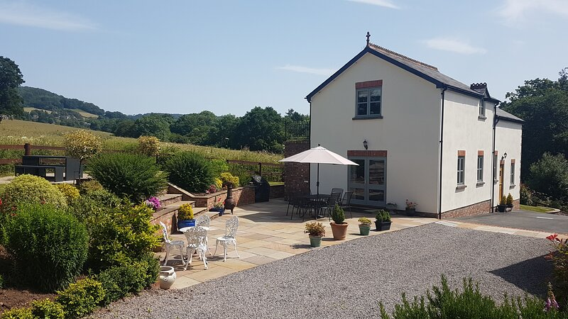 Oak View Cottage, holiday rental in Raglan