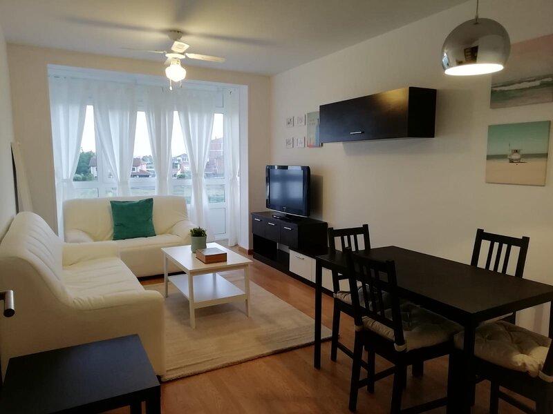 Apartamento turístico, holiday rental in Friol