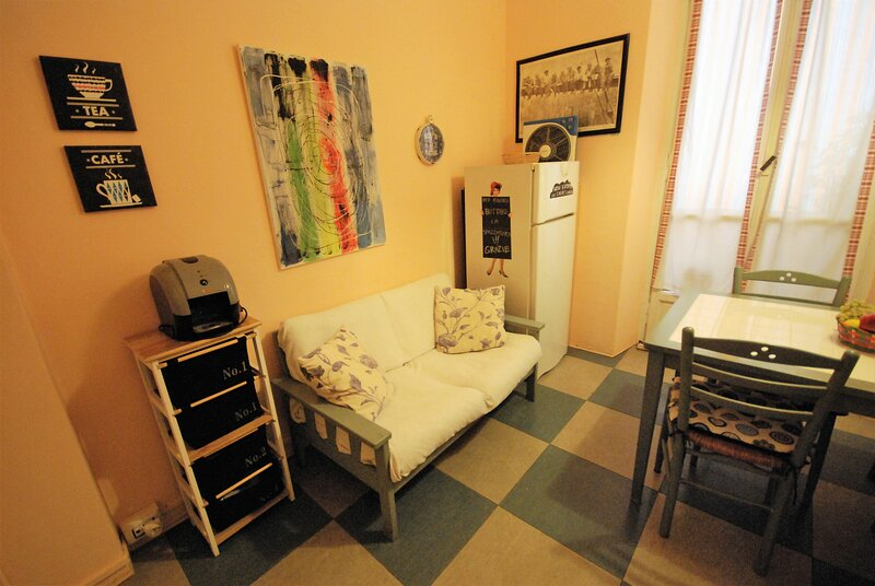 Lovely 1 bedroom Apartment in Lingotto area, vacation rental in Carignano