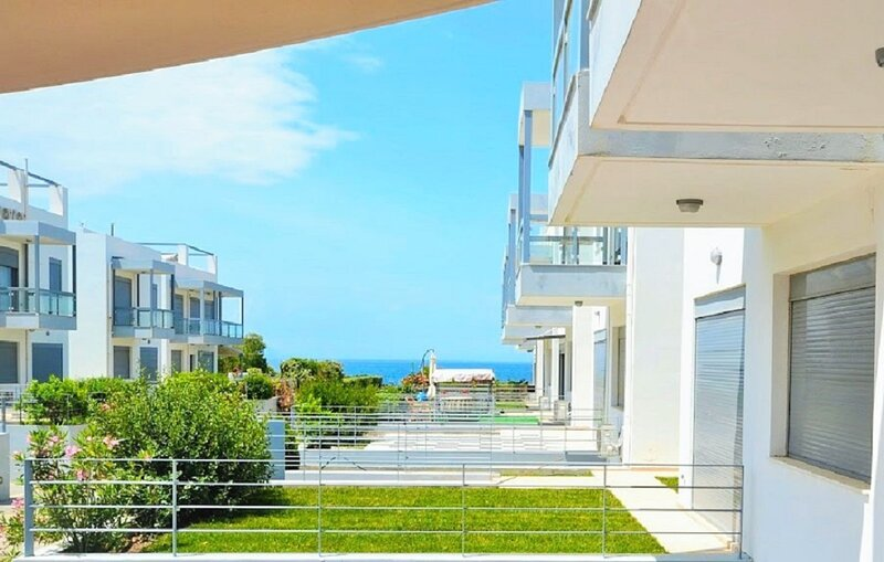Loutraki diamond beach house / Special offers, vacation rental in Loutraki