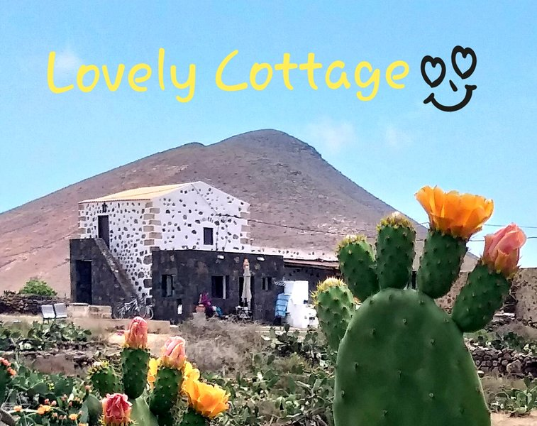 Lovely Cottage, Away from the Crowds. Best sunsets ever and million of shiny stars at night