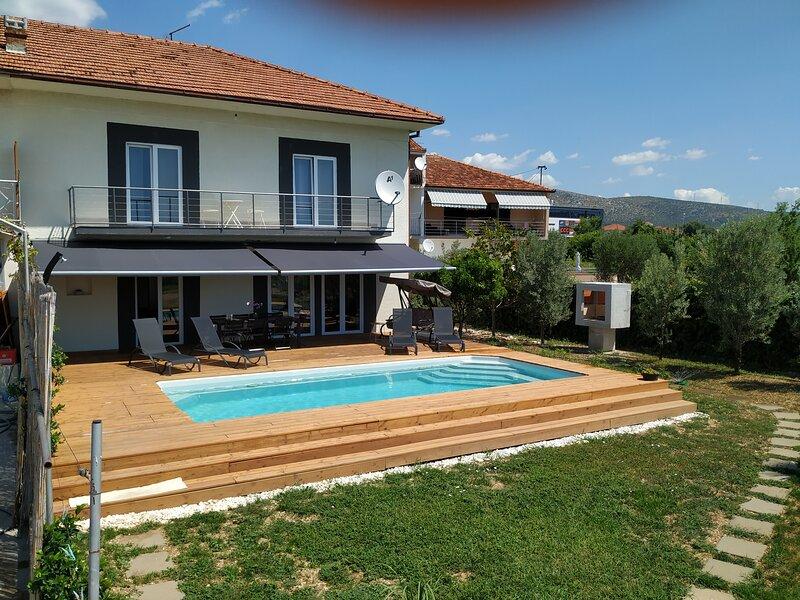 Villa Anela, vacation rental in Donji Seget
