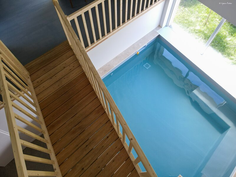 Amazing villa with swimming-pool, holiday rental in Courzieu