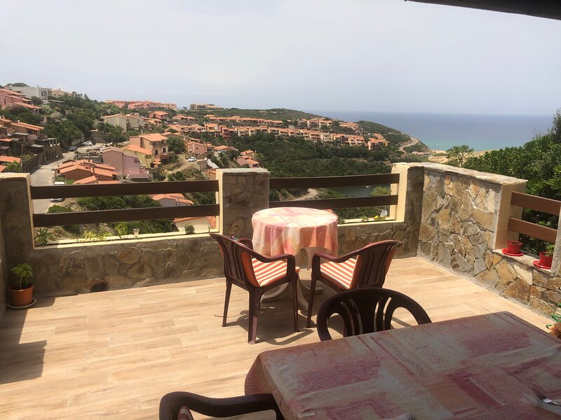 Sardegna-Ferienwohnung mit emotionale Meeres Blick, vacation rental in Province of Medio Campidano