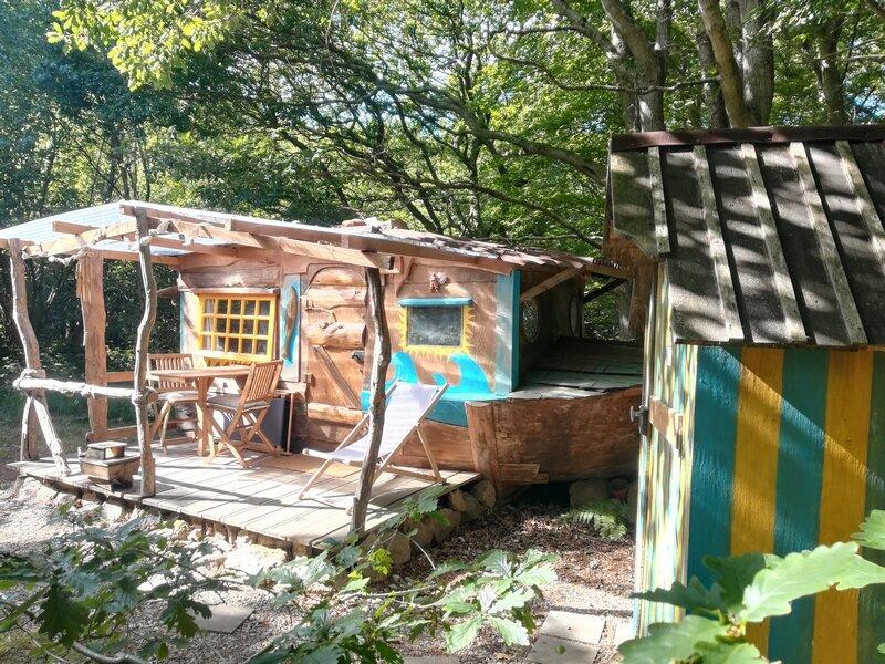 Le Bateau échoué, location de vacances à Maupertus-sur-Mer