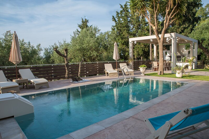 Sweet Home with swimming pool in Laganas!, holiday rental in Laganas