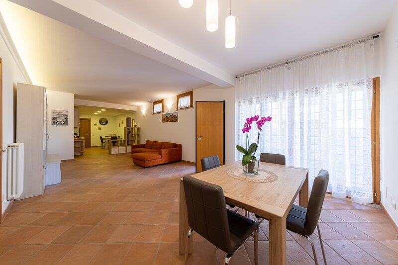 La luna in pace - Appartamento nuova costruzione per 5 persone, holiday rental in Castel di Leva