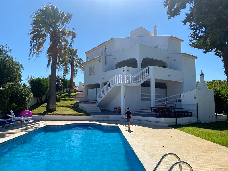 Villa Vaniana, Olhos de água  Private Villa, aluguéis de temporada em Olhos de Água