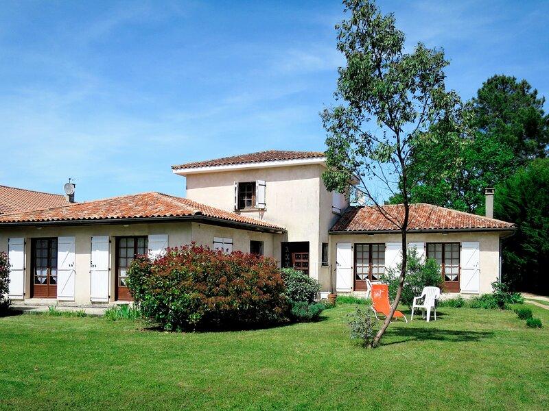 Orphée (GEM120), holiday rental in Prignac-En-Medoc