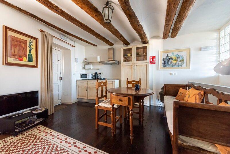 LA CASA ESCONDIDA , VIVIENDA TURISTICA DE A. RURAL, holiday rental in Baeza