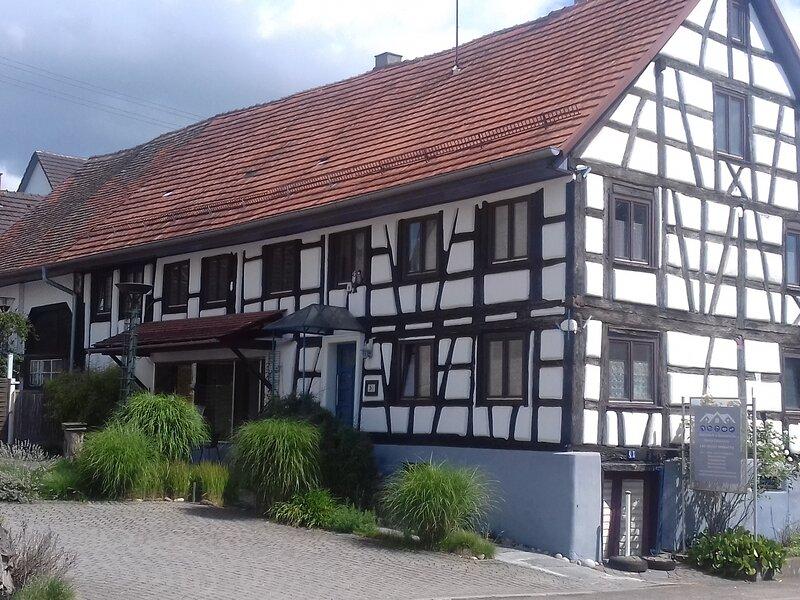 Ferienhaus Hegaunest, holiday rental in Neuhausen am Rheinfall