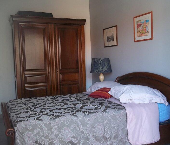 Chambre D Hote De Luxe ,entree privee, Sde, wc, terrasse, Piscine Privee Chauffe, vacation rental in Lagardelle-sur-Leze