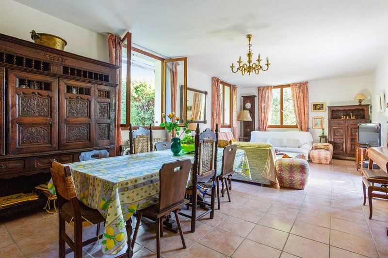 Amazing house near the beach & Wifi, holiday rental in Cap d'Antibes