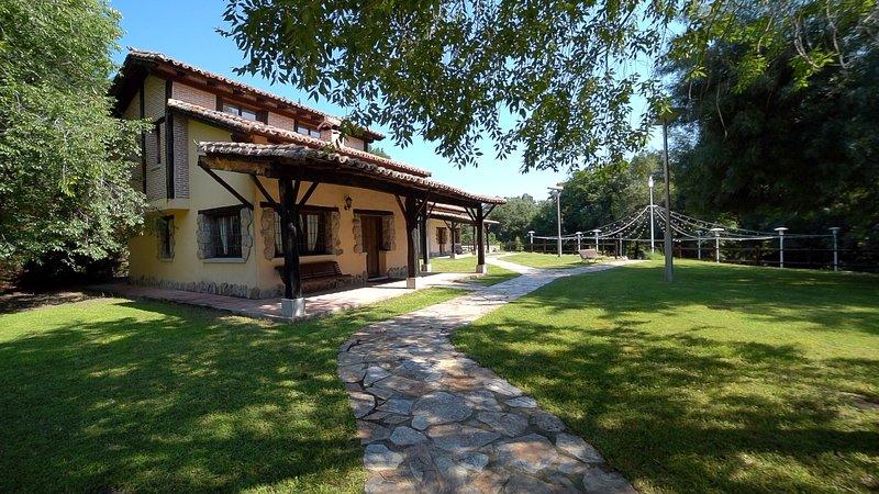 Casa rural Esencia de Gredos I, location de vacances à Mombeltran