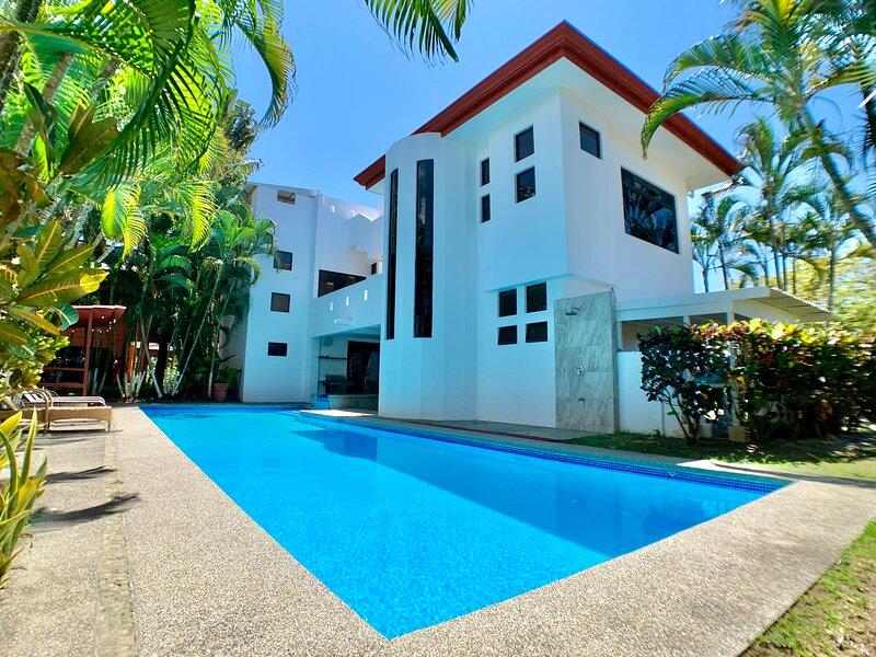 Hermosa Palms #110, alquiler de vacaciones en Quebrada Amarilla