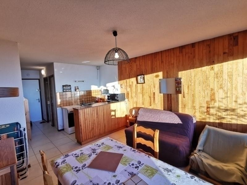 Studio 4 pl 4 couchages ST MICHEL DE CHAILLOL, vacation rental in Saint-Bonnet en Champsaur