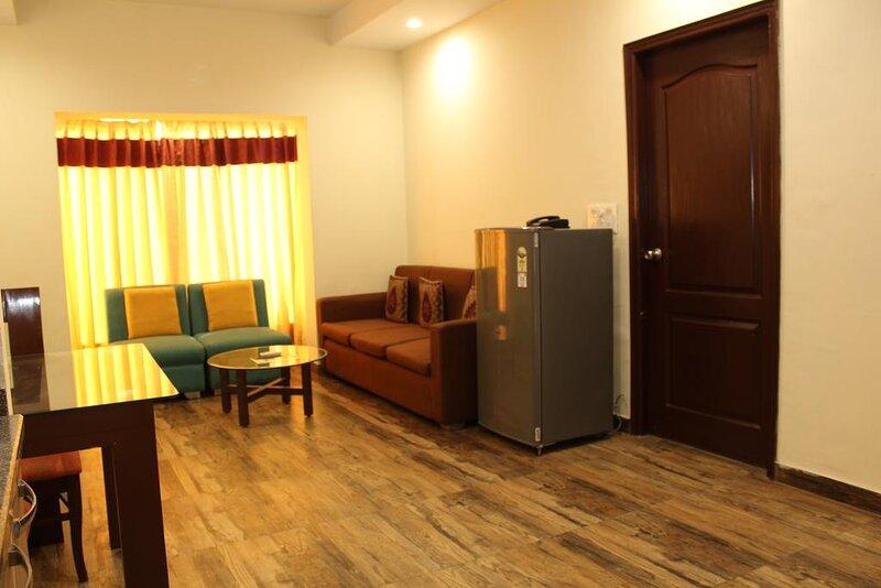 Park Residency Studios, vacation rental in Gurugram (Gurgaon)