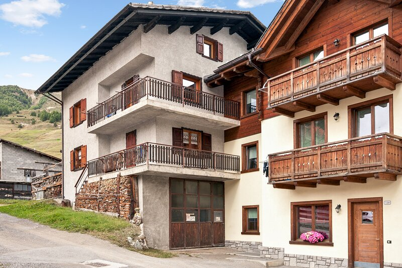 Apartment - 50 m from the slopes, holiday rental in Teola