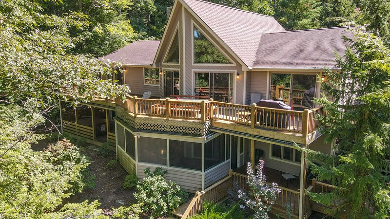 Creature Comforts, vacation rental in Reedsville
