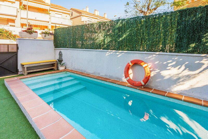 Amazing house with swimming-pool, holiday rental in Altafulla