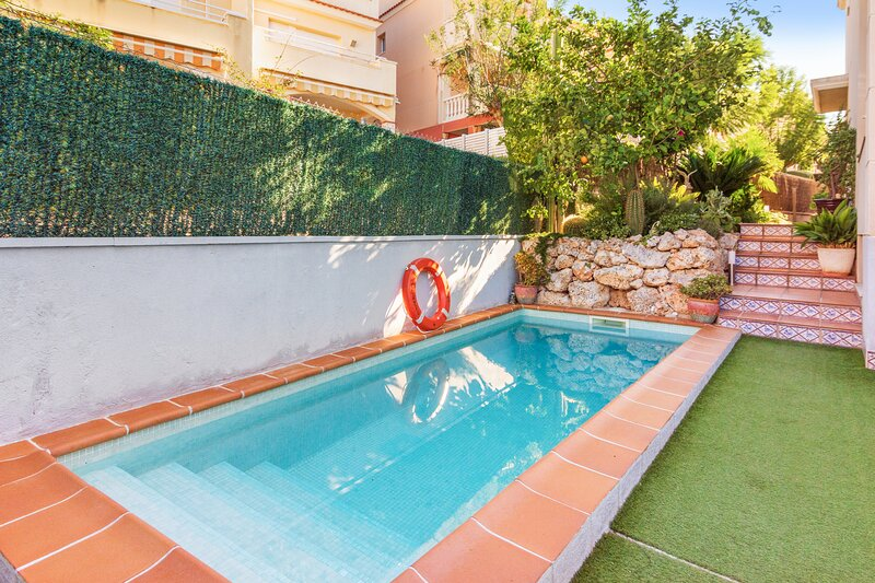 Amazing house with swimming-pool, location de vacances à Altafulla