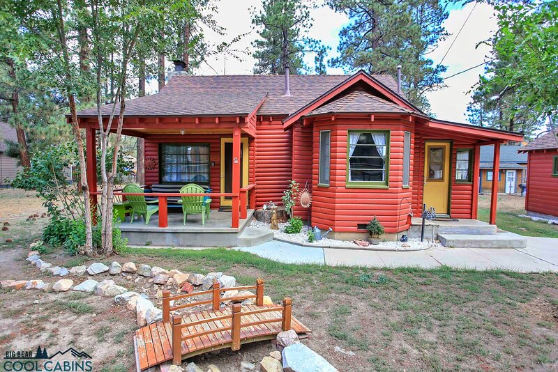 A Sweet Pine Cabin, vacation rental in Big Bear City