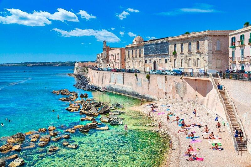 Baroque Apartments - SR-I754-GIUD15AR - Calarossa Seaview, Ferienwohnung in Isola di Ortigia