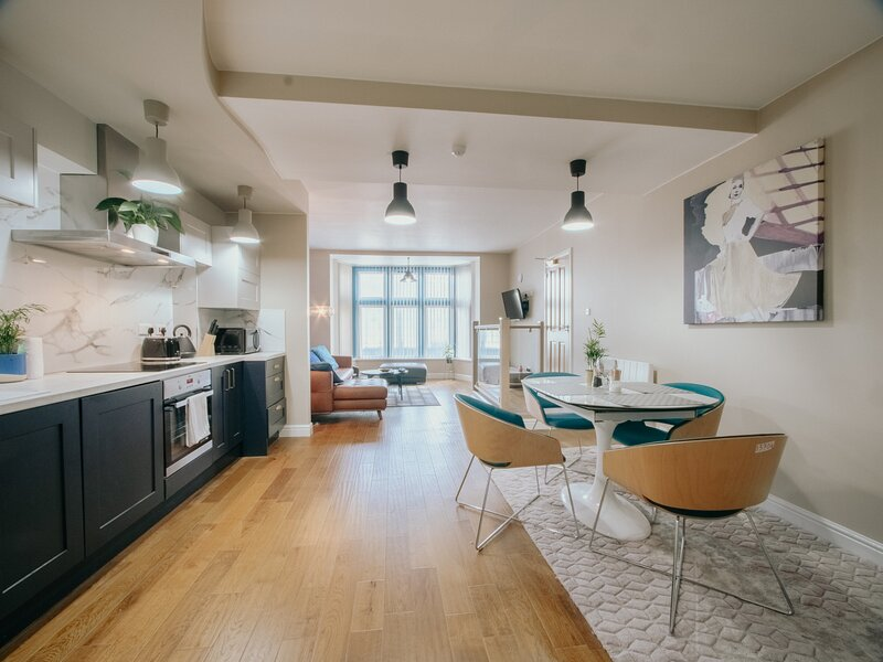 Stunning Modern apartment in Historic Building, vacation rental in Sheffield