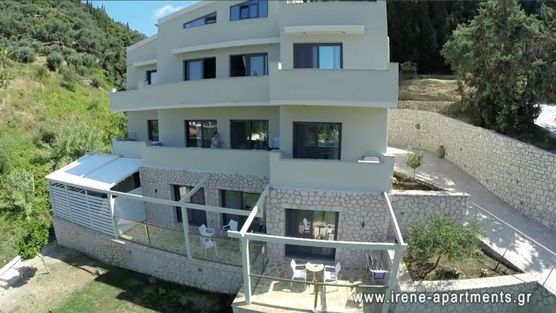 IRENE APARTMENTS AND WELLNESS SPOT, holiday rental in Agios Stefanos