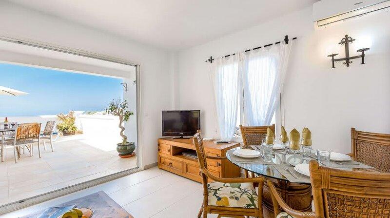 Tetuán 17 - El Oasis de Capistrano!, holiday rental in Maro
