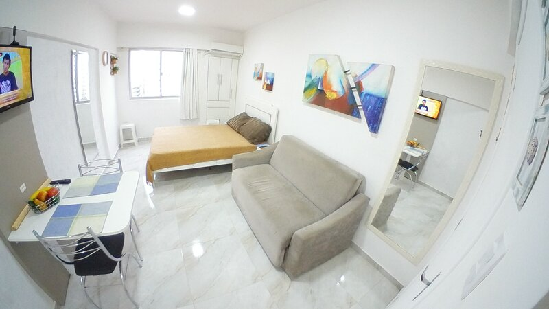 Kitchenette, 2 quadras da praia central,, holiday rental in Balneario Camboriu