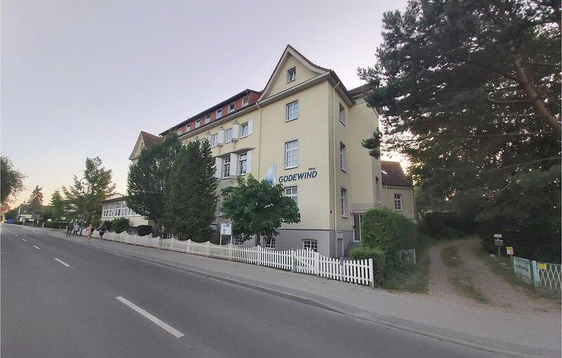 Amazing apartment in Binz with 2 Bedrooms (DMR396), holiday rental in Lancken-Granitz