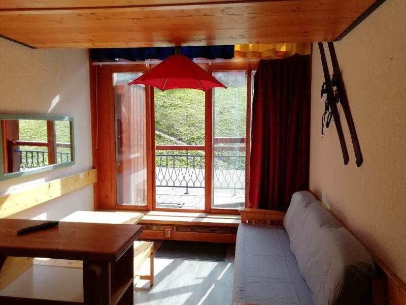 Appartement 2 pièces en duplex pour 5 personnes proche des pistes dans le, vacation rental in Vallandry