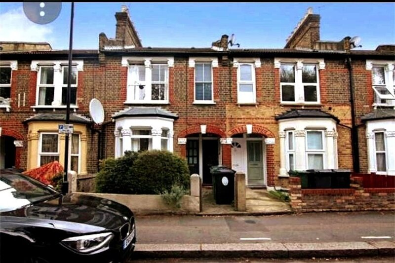 Charming 1-Bed House in London, casa vacanza a Waltham Forest