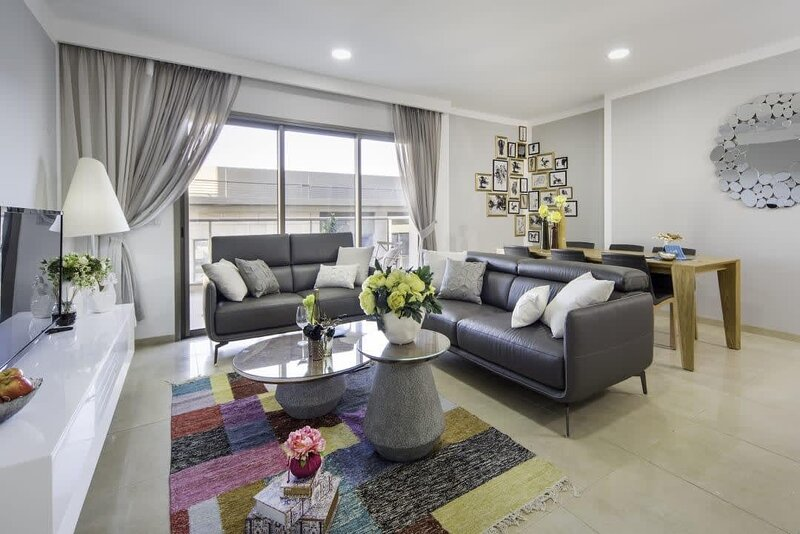 Exceptional 3 Bedroom/Parking in best area of town, holiday rental in Kfar Adumim