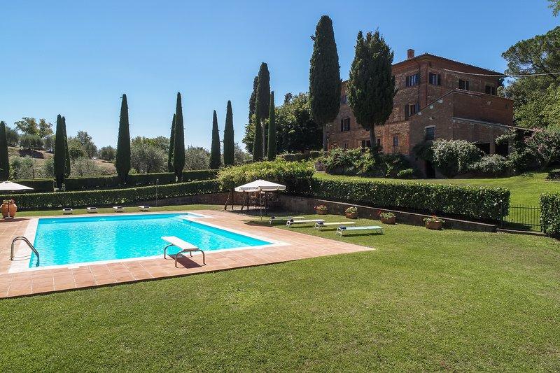 Villa Poggio agli Ulivi, vacation rental in Lucignano